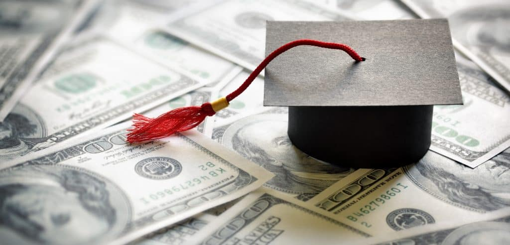 Rhode Island Requires Student Loan Servicers to Register 1